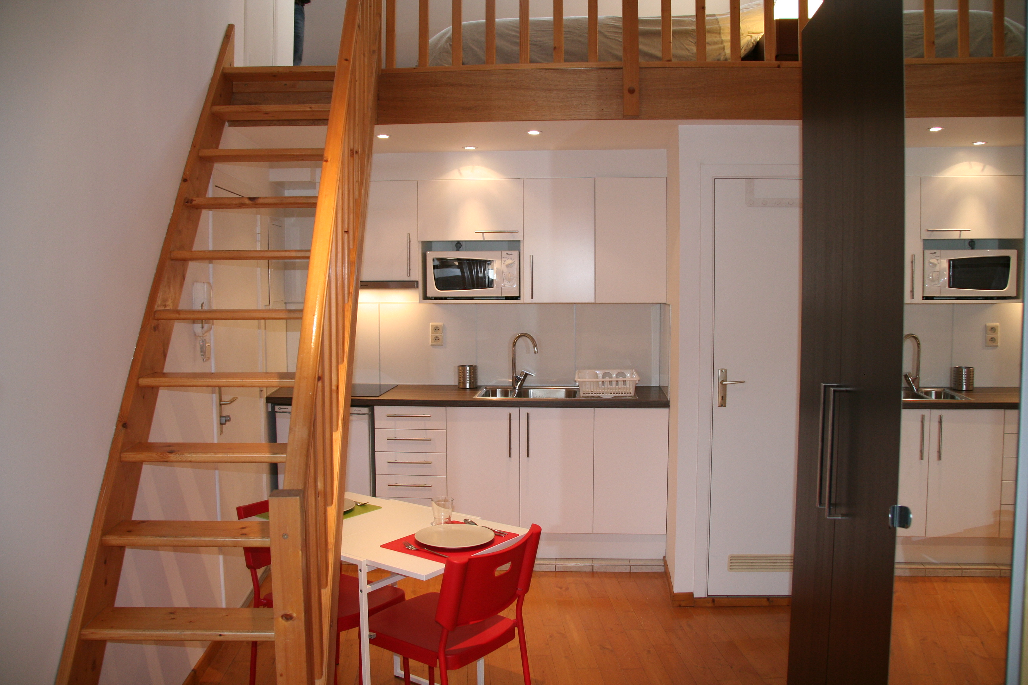 Brussels furnished apartment - Studio Mezzanine - chaussée de ...
